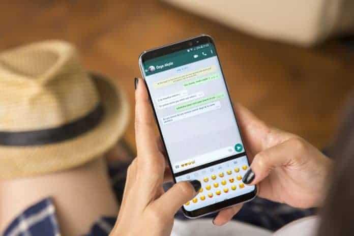 Dual WhatsApp account in one phone