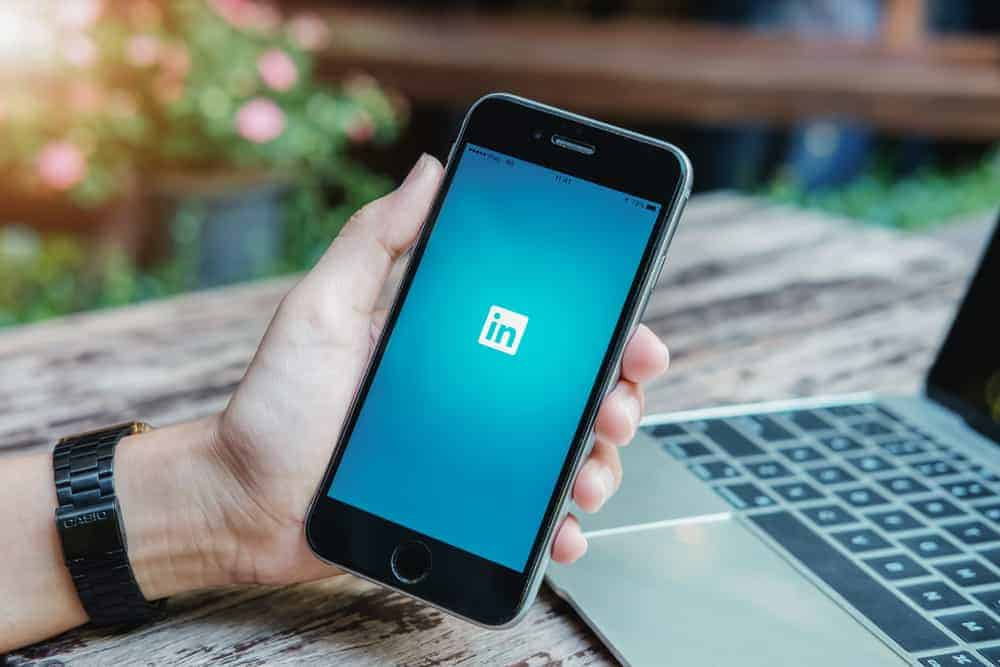 How To Add Resume To Linkedin From Profile Or Linkedin Job Application