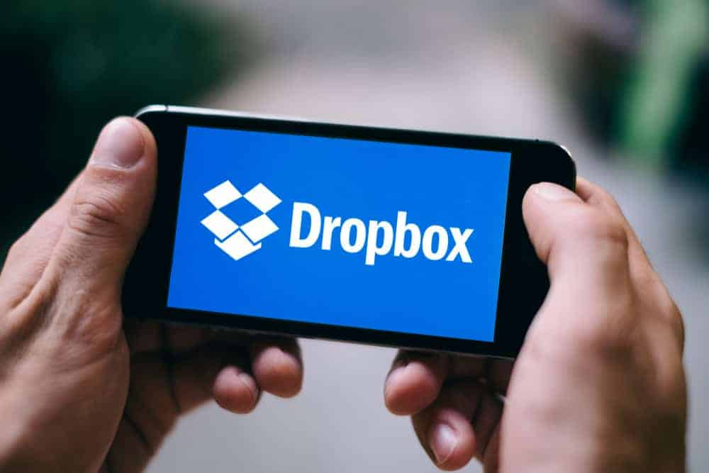 What is Dropbox Smart Sync - featured