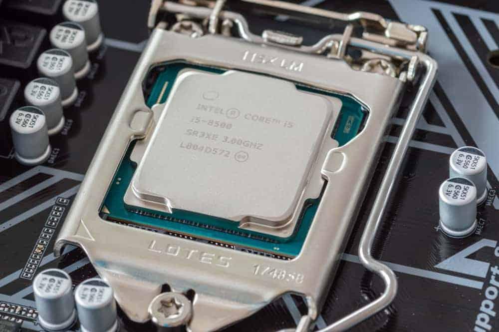 i5 9600K vs i7 9700K